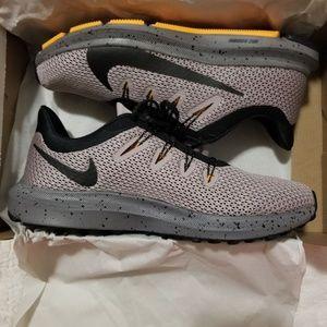 Nike Quest 2 SE Running Women shoes